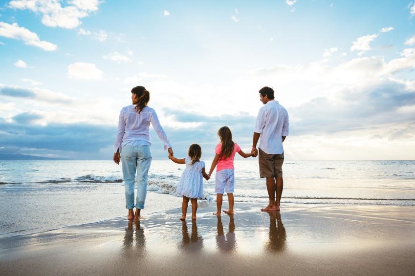 Family_on_Beach